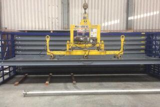 vacuum lifter metal rack