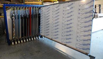 storing aluminium panels