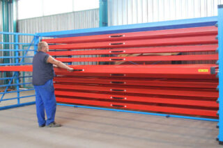 roll-out rack for metal plates