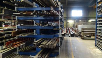 Roll out cantilever rack storage steel profiles alumium