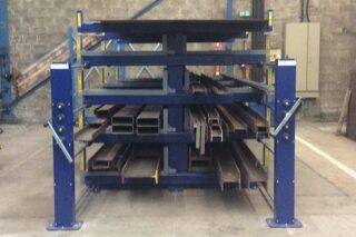 Double sided lever wind cantilever rack