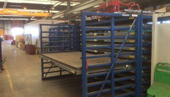 Metal plates drawer rack