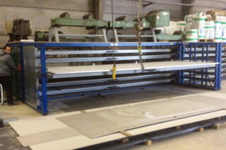 ladestelling metalen platen laadbrug